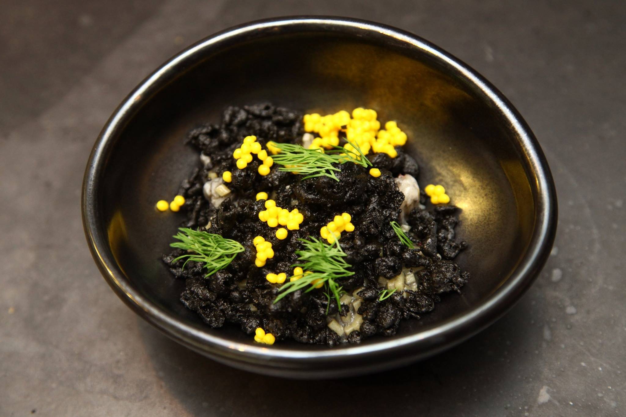 chefs-society-chef-hyun-seok-choi-korean-chef-at-chefs-club-nyc-cut-linguine-with-seaweed-crumbs-squid-ink-cream-lobster-and-saffron-caviar